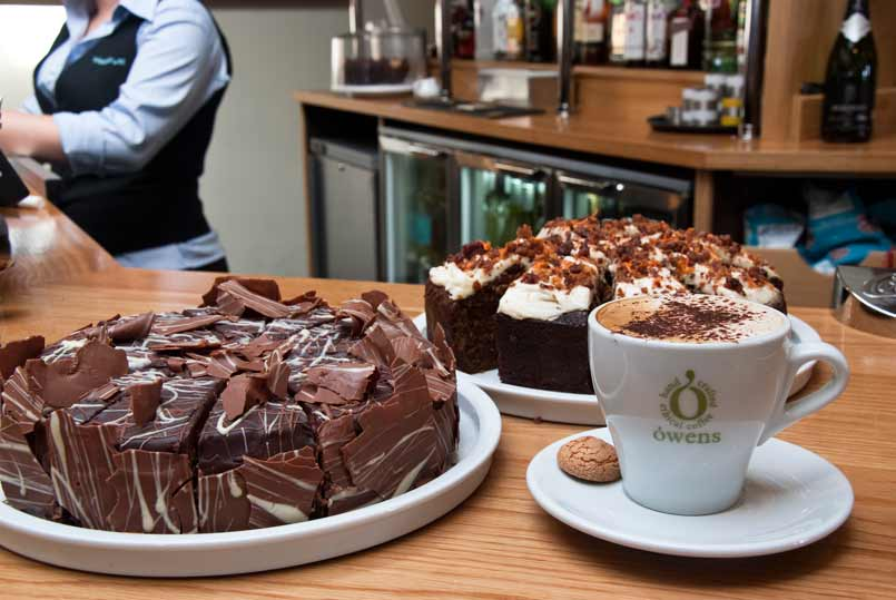 Waterfront_15_Cake-coffee